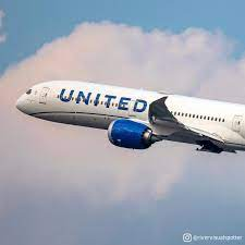 United Airlines (@united)