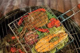Мангалы, шампура, <b>решетки для барбекю</b>