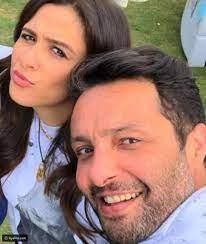 رد فعل ياسمين عبد العزيز على إعلان زواج شقيقها - ليالينا