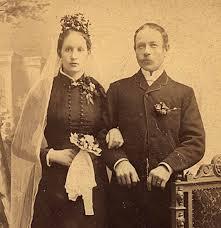 (ffm) Augusta Maxe & (fff) Gustav Sjöqvist Gustavsson. f. 16/10 1867 Hova Västergötland & f. - fff_ffm