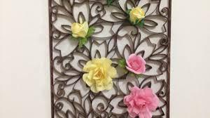 Crea una bellissima decorazione da parete di carta fai da te