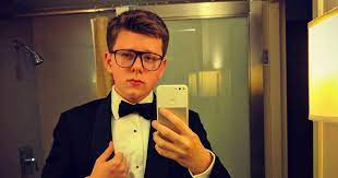 The story of the eccentric millionaire Millionaire Bitcoin Teen Claims If You Don T Become Rich In The Next 10 Years Then It S Your Own Fault Mirror Online