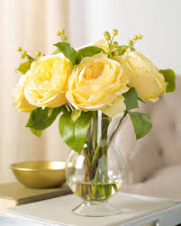 ... Butter Yellow Garden Rose Arrangement ...
