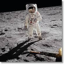Buzz Aldrin. Apollo 11. 'A Man on the Moon' - TASCHEN Verlag