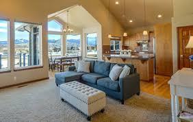 Das mietrecht und die laufende rechtsprechung regelt bezug auf den durch den vermieter verlegten. Bodenbelag Fur Das Eigenheim Preise Und Tipps
