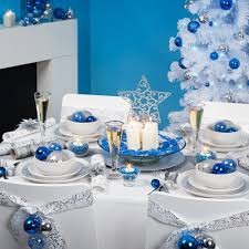 tischdeko Blue Christmas festive table decorations Christmas balls white  tablecloth