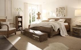 Schlafzimmer Mit Rattan Möbeln Bett Sessel Sitzba