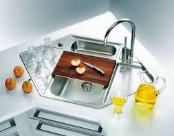 40 Cool Corner Kitchen Sink Designs [Best Ideas With Photos Gallery Interesting Kitchen Designs With Corner Sinks