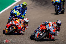 Marquez vs Dovizioso vs Iannone at MotorLand MotoGP - Bike Review