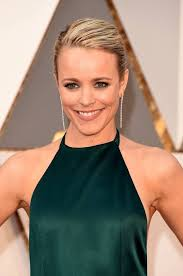rachel mcadams also sported lighter locks on the red carpet her make up was