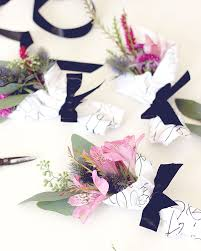 How To Wrap Flower Bouquet In Paper Diy Mini Flower Bouquet With Printable Paper Wrap