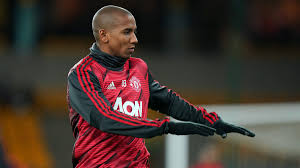 Ashley Young: Inter Milan to sign Man United captain ...