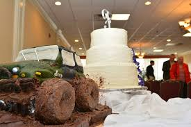 Go And Sell What You Have How To Make A Jeep Grooms Cake Jeep