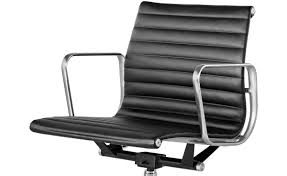 eames aluminum group management chair
