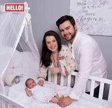 I think i found @daniharmer in harry potter and the philosophers stone, she is behind oliver wood after hermione speaks. and while it seems like it. Dani Harmer Exclusively Introduces Her Beautiful Baby Girl Avarie Belle Full Exclusive Story Hello