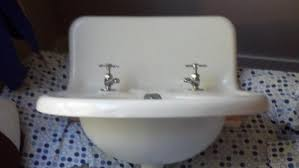 vintage wall mount sink befon for
