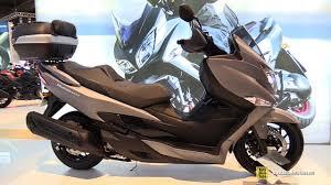 2018 suzuki burgman 650 executive.  burgman 2017 suzuki burgman 400 scooter  walkaround 2016 eicma milan youtube in 2018 suzuki burgman 650 executive