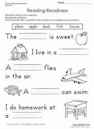 Reading worksheets and online activities. First Grade Phonics Worksheets Homeschooldressage Com Kindergarten Reading Worksheets Reading Worksheets English Worksheets For Kids