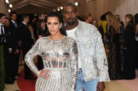[PIC] Kanye West's Blue Contacts At Met Gala: Matches Kim Kardashian's Dress