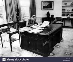 jimmy carter oval office. President Jimmy Carter At Work In The Oval Office Of White House, 3/8/77. Courtesy: CSU Archives / Everett Collection