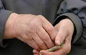 Հաշմանդամ, 88-ամյա թոշակառուն երկու ամիս է՝ թոշակ չի ստացել «Յուքոմ»-ի հետ  խնդրի պատճառով