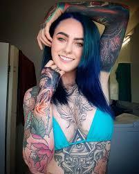 Cамая татуированная врач в мире
