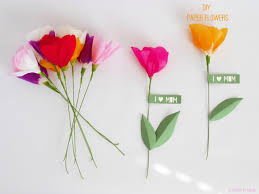 Decorations:Easy DIY Tissue Paper Flower Easy DIY Tissue Paper Flower