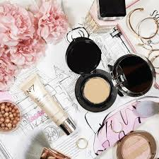 a lightweight flawless base using boots no7 cushion foundation