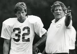 Former Patriots running back Andy Johnson dies at 65