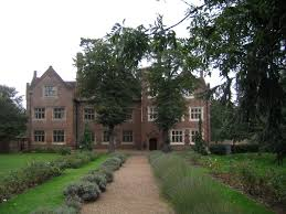Eastbury Manor House - Wikipedia