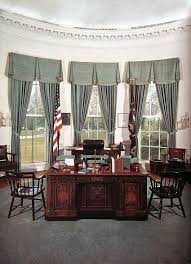 White house oval office desk Formal Office Oval Office jan1961nov 63 Prior To Redecoration By Jfk And Jackie Pinterest Oval Office jan1961nov 63 Prior To Redecoration By Jfk And