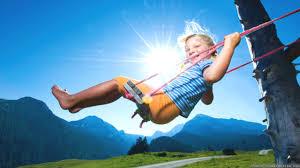 Resultado de imagen para kids having fun in the summer