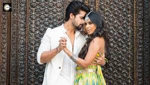 Siddharth and roshni enjoy doing romantic dance number. Exclusive Pics Ravi Dubey And Nia Sharma Of Jamai 2 0 Shoot For Rubaru Video In Jaipur Zee5 News