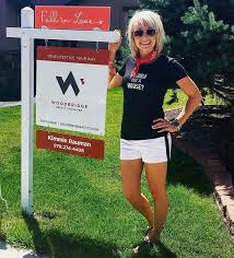 Car For Sale Sign Examples Our 36 Favorite Real Estate Yard Signs Tips For New Agents