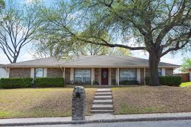 912 Heather Knoll Dr For Rent Desoto Tx Trulia