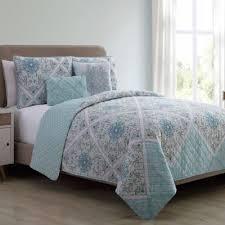 Buy Aqua Queen Quilt from Bed Bath & Beyond & VCNY Windsor Reversible Queen Quilt Set in Aqua Adamdwight.com