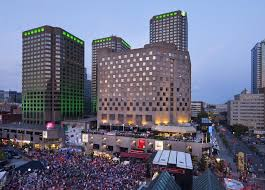 Hotel Doubletree By Hilton Montreal Canada Booking Com