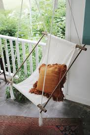 hanging lounge chair. Delighful Chair DIY Hanging Lounge Chair Themerrythought Inside