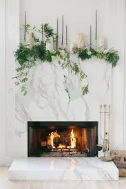 7 ideas to decorate your fireplace and mantel for any season
