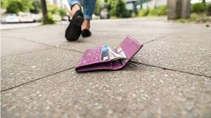 1 800 Aussie Bank Cards Lost Every Day Replacement Costs