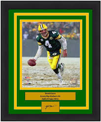Favre Bay 8 Football Engraved Nfl Green Autograph Brett Packers