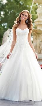 Die Besten 25 Strass Hochzeitskleider Ideen Auf Pinterest