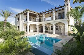 villa de luxe à vendre à empuriabrava avec amarre de 27 mètres 2 barcelona
