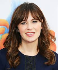 zooey deschanel s haircut is a final goodbye to her new character