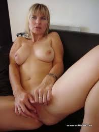 Amateur milf nude video pics