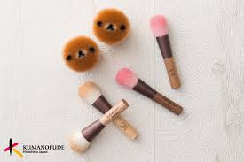 the korilaka cheek brush is a d pink colour inspired by a strawberries her favourite fruit all the handles are made with natural wood and feature