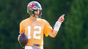 Tom Brady Blasts 'Ignorant' NFL Players ...