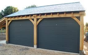 steel Carriage house garage doors - Garage Door for Your Carriage ...