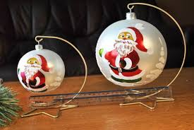 Bauble Display Stand baubles100you beautiful Christmas baubles for your presents 25