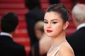 Selena Gomez showt dé truc voor de ...